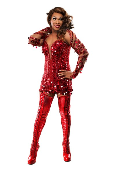 Gino Emnes in Kinky Boots